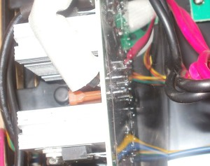 Powercom spider SPD-850u предохранители